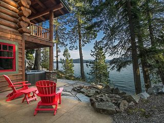 Kootenai Bay Lodge | Luxury, Gorgeous, Private Home - Beach, Dock, Boat Lift and
