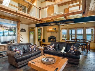 Lakewood Lodge: Timber-Beamed Waterfront Home with Dock, Boat Lift & Paddle Boar