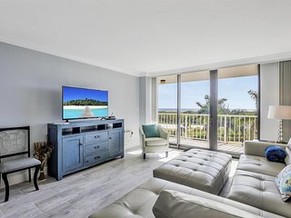 SOUTH SEAS 3, 402 MARCO ISLAND VACATION RENTAL