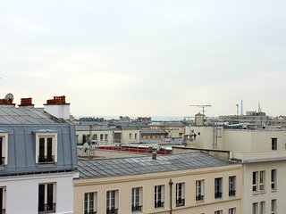 Paris Apartment Sleeps 2 with Air Con and WiFi - 5806394