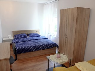 Guesthouse Room for 2 Pax OKI4