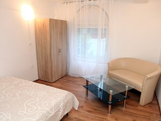 Guesthouse Couple Room OKI5