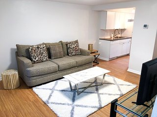 Spacious 3BR near TD Ameritrade, CHI, Old Market!