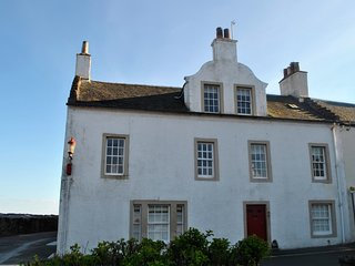 Merchant's House- stunning period home with sea views