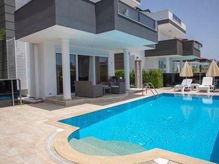 Sun Rise Hill Villa