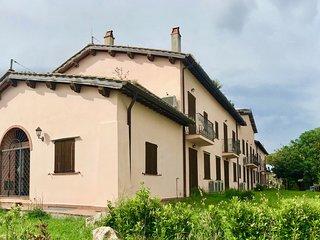 Capalbio-Retreat N.11: charming apartment x 3 near sea