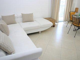 Apartamento T1 com Piscina em Olhos de Agua (Albufeira)