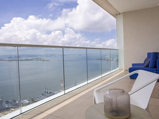 H22801 - Breathtaking Bay View Apartment