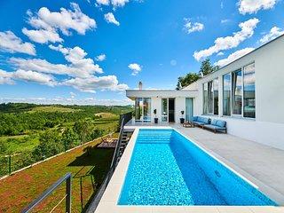 Villa Caitlan