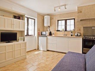 Ericeira Typical Apartment (C69)
