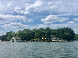 Lake Norman's Most Spectacular Private Retreat