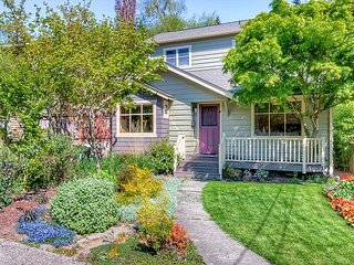 New Listing! Laurelhurst Haven w/ 2 Units & Fabulous Backyard