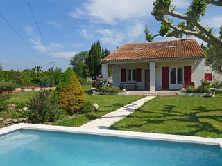 Velleron Holiday Home Sleeps 7 with Pool Air Con and Free WiFi - 5803309