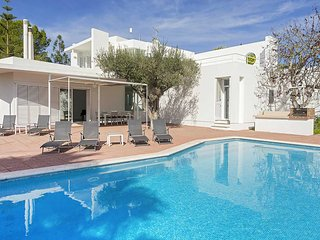 Can Furnet Villa Sleeps 6 with Pool Air Con and WiFi - 5805533