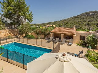 Cala Vadella Villa Sleeps 8 with Pool Air Con and WiFi - 5805495