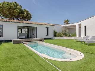 7 bedroom Villa with Pool and WiFi - 5804555