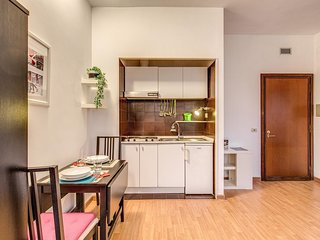 ardesia 7 -1 bedroom colosseo area
