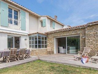 4 bedroom Villa with WiFi - 5804560