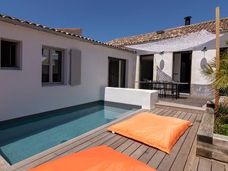 4 bedroom Villa with Pool and WiFi - 5804575