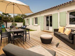 4 bedroom Villa with WiFi - 5804549