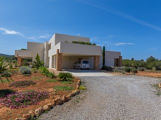 Ses Paisses Villa Sleeps 10 with Pool Air Con and WiFi - 5805528