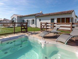 4 bedroom Villa with WiFi - 5804558