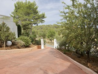 San Agustin des Vedra Villa Sleeps 10 with Pool Air Con and WiFi - 5805527