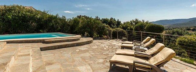 Tarrabucceta Villa Sleeps 6 with Air Con - 5805841, holiday rental in Piscia