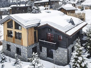 5 bedroom Chalet with Pool and WiFi - 5804704