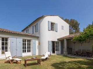 6 bedroom Villa with WiFi - 5804553