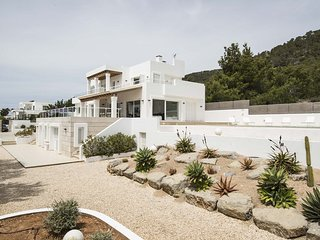5 bedroom Villa with Pool, Air Con and WiFi - 5805605