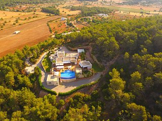 Santa Gertrudis Villa Sleeps 12 with Pool Air Con and WiFi - 5805549