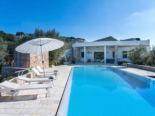 5 bedroom Villa with Pool, Air Con and WiFi - 5803590