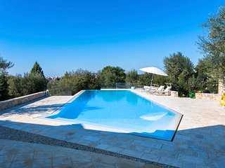 Casarano Villa Sleeps 10 with Pool and Air Con - 5803590