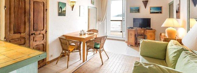 Erbalunga Apartment Sleeps 4 with Air Con - 5805808, holiday rental in Erbalunga