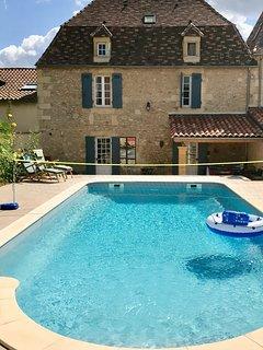 Maison Ballard - Restored, old Villa with private walled pool & Dordogne vistas