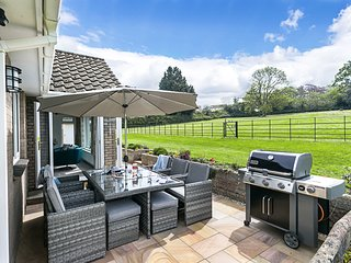 Clovehayes Devon - Rated 5* By Visit England - Sleeps 2-6 Zip & Link Beds