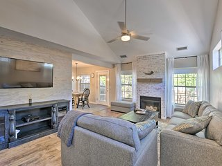 Modern Flagstaff Home w/BBQ, Walk Downtown!
