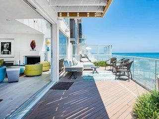 Ocean Front Malibu Oasis