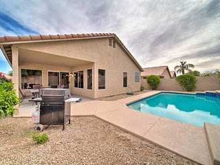 NEW! Modern Peoria Home - 14 Mi. to Lake Pleasant!