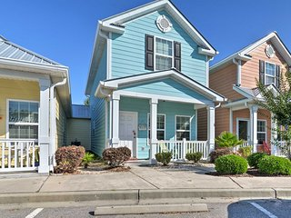 Myrtle Beach Cottage w/ Pool, Walk to Ocean!