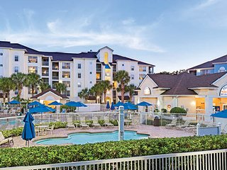 Disney at Your Doorstep!  3-Bedroom Lock-off for Your Family!