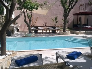 The Manor - Pool Oasis in Old Town Rethymnon