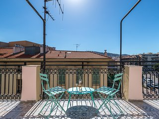 Squared Head - Apartment with terrace in Nice
