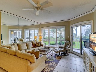 4102 Windsor Court-Oceanviews and Coastal Inspired