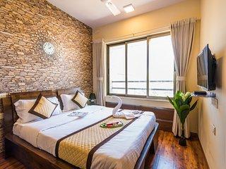 Snappy 2 Bedrooms in Andheri east