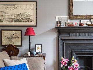 Historical flat in Edinburgh's Leading Location