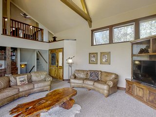 Spacious mountain home w/ game room & stunning views - near lake and slopes!