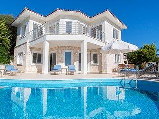 Villa Indigo - luxury 5 bedroom villa on Kas penisula with stunning sea views