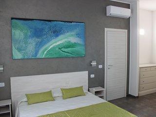 Damavi suite - Scirocco - Appartamento a Torre dell'Orso, 200 m dal mare